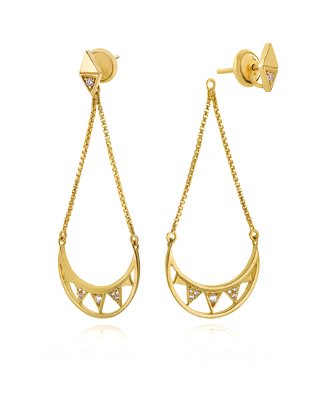 Brincos Crescent Moon Ouro | Mel Bandeira Joias | Compre na Loja Online